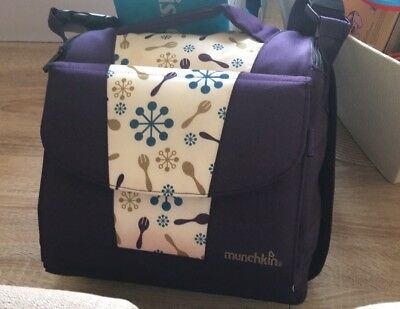 Munchkin Child Travel Booster Seat/ Portable High Chair