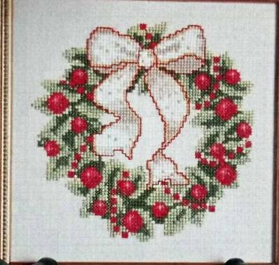 Sparkling Ribbon Wreath Counted Cross Stitch Pattern From Magazine XF7