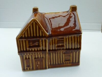 *VINTAGE 1970s (?) HOLKHAM POTTERY BROWN GLAZE TUDOR HOUSE PIGGY BANK MONEY BOX*