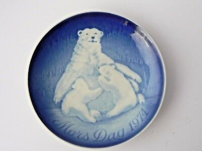 Limited Edition Bing & Grondahl Mothers Day Plate - 1974 Polar Bear with Cubs