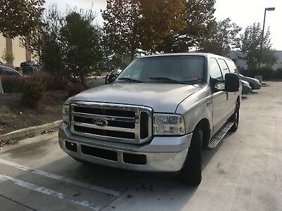 2005 Ford Excursion  2005 Ford Excursion XLT