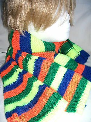 Hand-knitted Scarf and Fingerless Gloves – Ref 1297