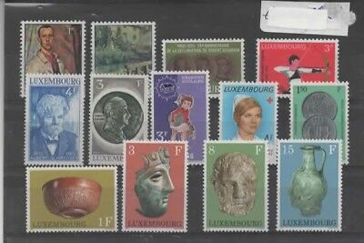 Europe :Luxembourg Lot de timbres neuf ** bonne cote