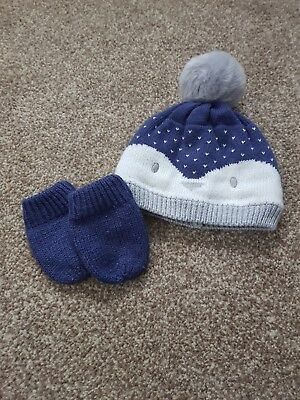 George baby boys penguin winter hat and mittens aged 6-12 months