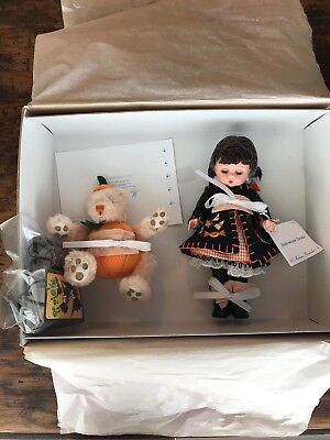 Madame Alexander HALLOWEEN TREATS MX38590 - never removed from box