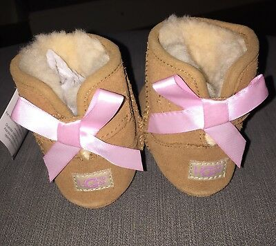 Baby Girls Authentic UGG Boots 6-12 Months Brand New In Box - Christmas Gift