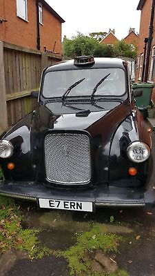 96 London Fairway  Taxi Cab  Rare Manual Collect I.o.w . ..one Day Auction...