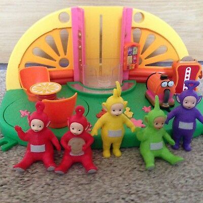 teletubbies superdome with 5 figures !!!