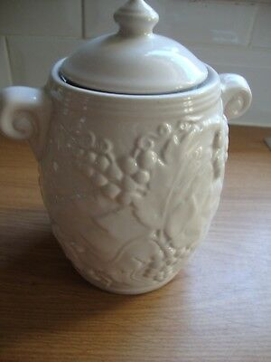 Ceramic Pot With Lid - Raised Detail - Beige
