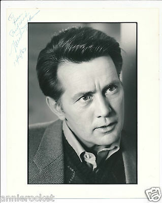"HAND SIGNED-Martin Sheen The Dead Zone-8"" X 10"" Publicity Photo-#737-1983"