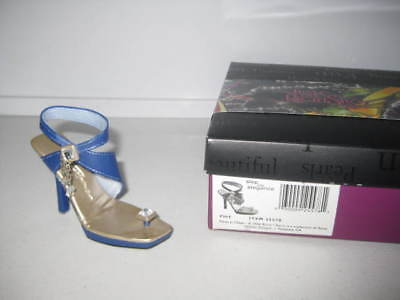Just the Right Shoe by Raine Flirt 25578 Complete COA Willitts Design