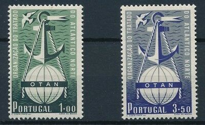 [38676] Portugal 1952 Good set of Very Fine MNH stamps Value