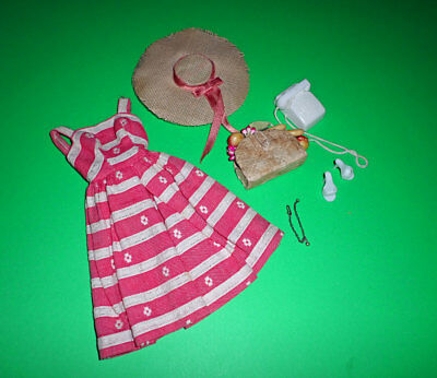 Vintage Barbie Busy Morning #956  Complete HTF Necklace