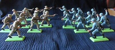 Britains Deetail 1971 Infantry Toy Soldiers Made In England