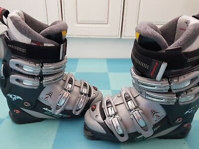 Nordica F8 ski boots size 24.5 (UK size 5)