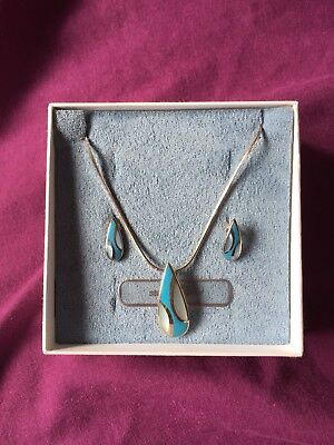 Sterling Silver & Blue Stone Pendant and Earring Set In Box. Ideal Xmas Present.