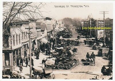 PRINCETON  WISCONSIN  A busy shopping Street  in April 1912