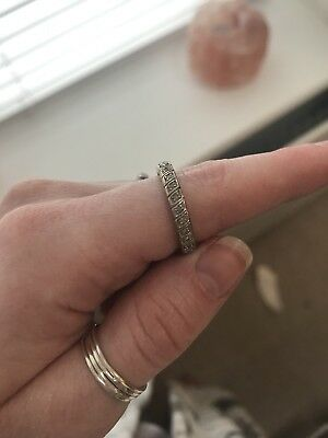 9ct gold eternity ring Size m.