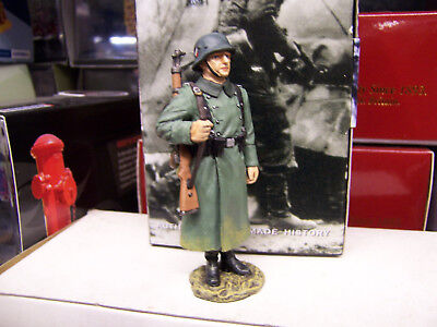 """King&country Ww11 German Forces """" Standing German Guard """"  Wss094( Reduced)"""