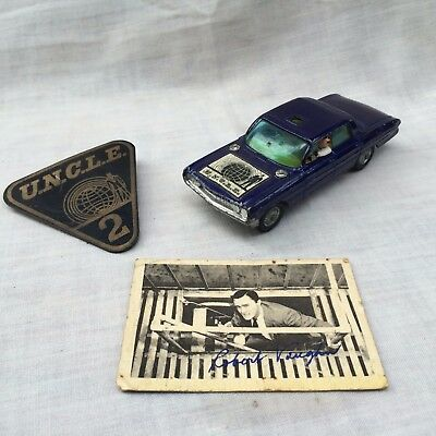 Vintage Man From UNCLE Badge,Corgi Super 88 & A&BC Robert Vaughan Signature Card