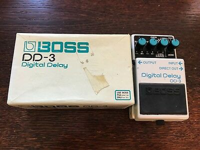 BOSS DD-3 'Digital Delay' Guitar Effects Pedal