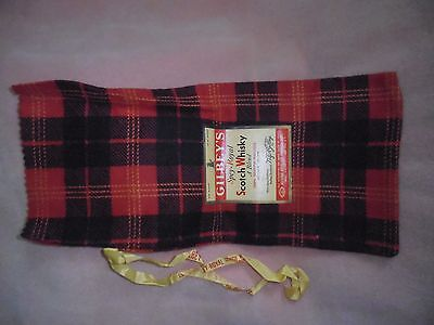 GILBEY'S Spey-Royal bottle bag. Plaid. Vintage. Absolutely mint perfect, unused.