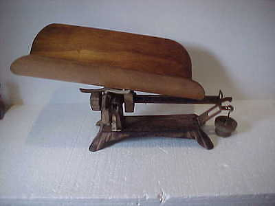 Antique Detecto Beam-Type Baby Scale - Works
