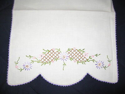 F30 Vintage Contry Kitchen Embriodery Stitch Floral Table Runner Purple