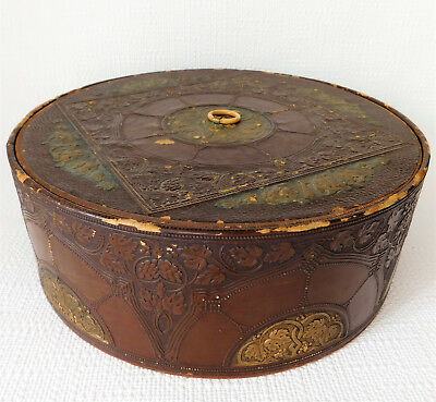 Antique embossed collar box Victorian Edwardian vintage clothes storage grapes