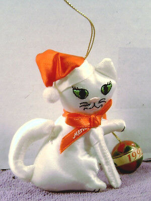 Christmas Ornament  Plush White CAT Kitten  with Ball 1992