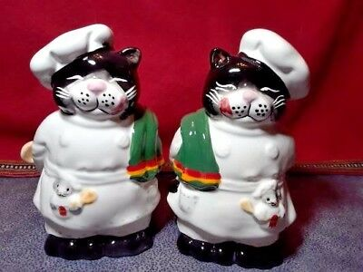 CHEF CATS CERAMIC SALT & PEPPER SHAKERS 4 inch NEW