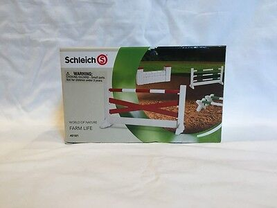 Retired Schleich Show Jumping Course 40181 New in box