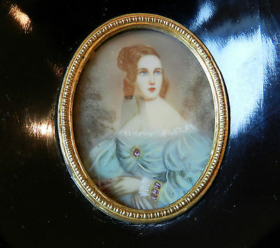 AnTique HAND PAINTED MINIATURE LADY PICTURE PORTRAIT WOOD FRAME STAND / HANGING