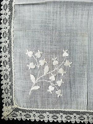 A12 Vintage Bridal Hanky Embroidered Lace Cotton Hanky Wedding Baby's Breath