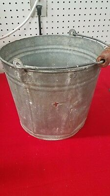 ** Vintage/Primitive Galvanized Bucket/Pail **