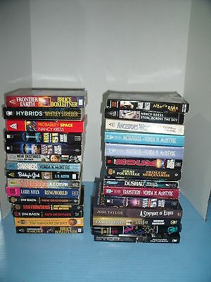 Lot Of 29 Science Fiction*jim Baen*robert Doherty*larry Niven*larry Niven*others