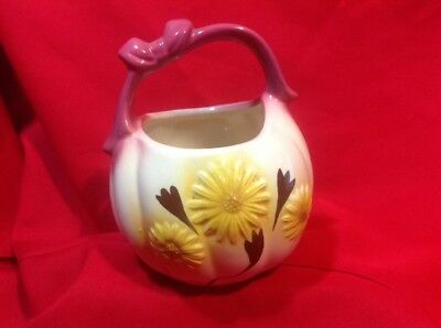 Hull Pottery Daisy Basket #79 Pink Handle *FREE SHIPPING*