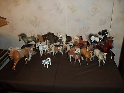 Nice lot Vintage flocked/plastic horses/TOTSY,SC,KID KORE ,EMPIRE SADDLES