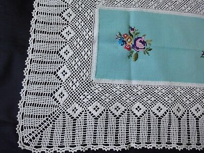 Lovely Vintage Handmade Embroidered Tablecloth With Cotton Crochet Lace