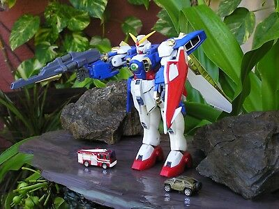 """Vintage  Bandai Wing Gundam  Dx Large 1/60 12 """" Tall Action Figure Parts Only"""