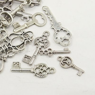 50 pcs Tibetan Style Pendants Beads, Assorted Key, Antique Silver Mix Sizes and