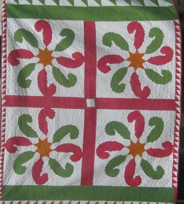 """Antique """" Princess Feather"""" Red And Green Applique Quilt, Sawtooth Border #15426"""