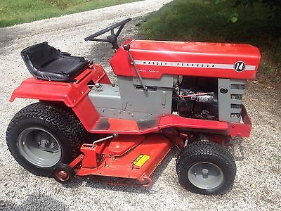 Antique 1975 Massey Ferguson Lawn and Garden Tractor all Original