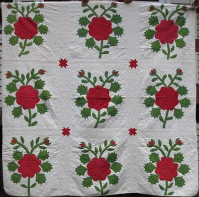 """Red And Green Antique """"rose Bush"""" Applique Quilt #17809"""
