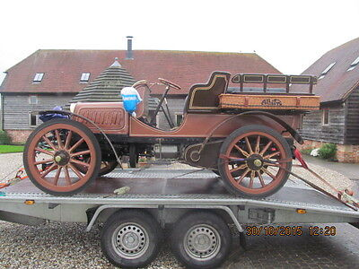 Classic Car Vintage Car recovery transport delivery  Surrey/Hants/London all UK