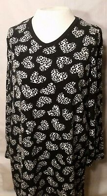 Simply Basic Sleepwear  Night Gown Black-white Pullover animal Print S/M 6-10