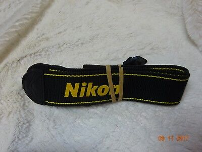 NIKON BLACK/YELLOW W 38mm GENUINE SHOULDER NECK STRAP FOR DSLR CAMERA USED