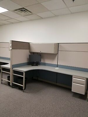 8x6 Cubicle workstation for FREE with extra Working pieces