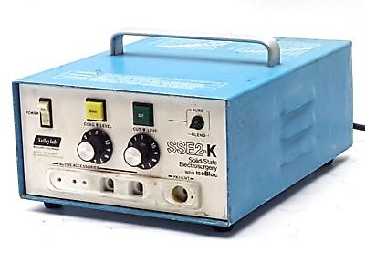 VALLEYLAB SSE2-K SSE2K SOLID STATE ELECTROSURGERY GENERATOR w/ ISOBLOC PARTS