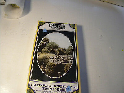 Woodland Scenes TK28 Hardwood Forest Kit 24 Trees new in package.